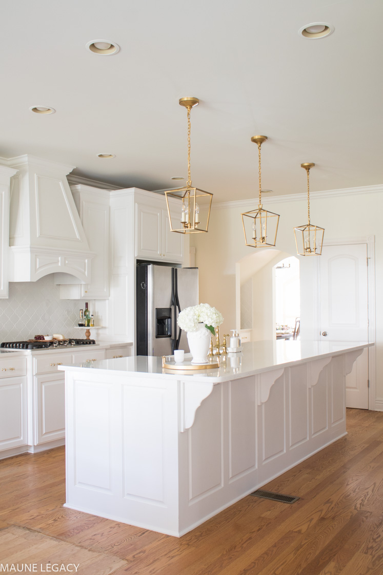 White Kitchen Remodel With Gold Accents Home Design Jennifer Maune