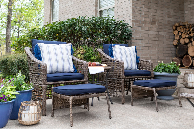 Outdoor Patio Decor Ideas On A Budget, How To Decorate My Patio On A Budget
