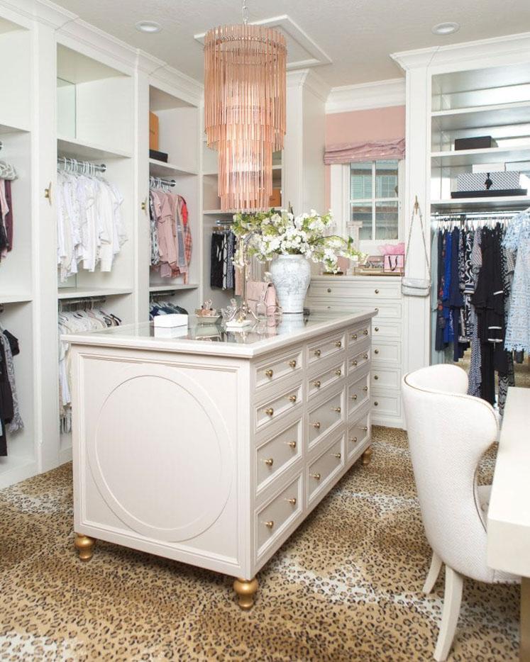 10 Walk In Closet Organization Ideas Home Design Jennifer Maune,Ant Anstead Christina Tarek El Moussa